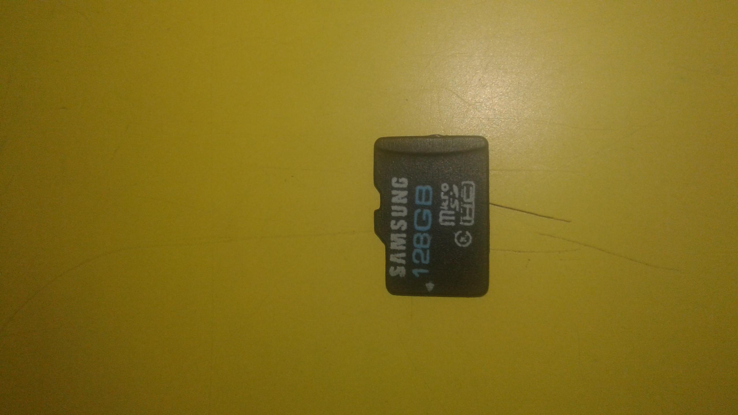 128GB SAMSUNG MEMORY CARD and 25000 mah powerbank